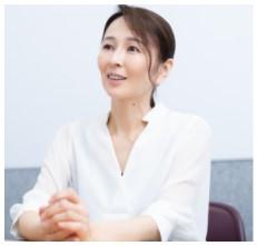 小松美幸 旦那は8歳年下で会社の役員?海外出張ありで高年収か!?